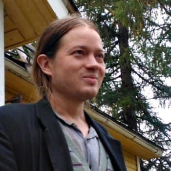 Yövieras: Sampsa Oinaala muutti maalle