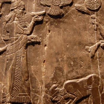 Assyrian matematiikka ja tähtitiede
