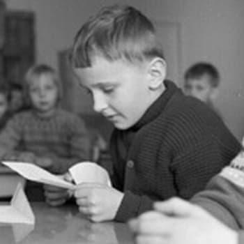 Koulu-uudistajat tentissä (1966)
