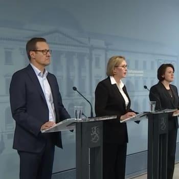 Ylen erikoislähetys: Työministeri Tuula Haataisen tiedotustilaisuus