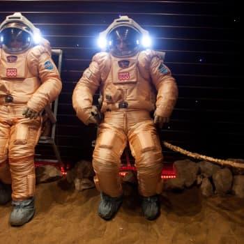 Puolitoista vuotta eristyksissä: mitä legendaarinen Mars500 -koe opettaa koronakaranteenissa oleville?