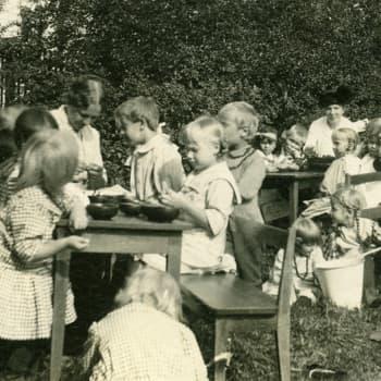 Roman Schatzin Maamme-kirja: Kuinka voivat Suomen lapset?