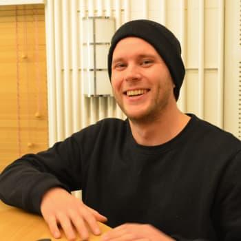 Yle Puheen toimittaja Jere Pehkonen