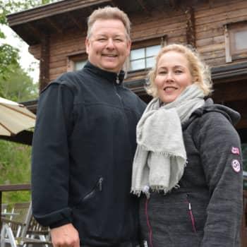 Sunnuntaivieras: Kesävieraina ylellisyysmerkki Balmuirin isä ja äiti