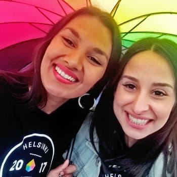Mahadura & Özberkan: Susanin kesä: Pride-juhlaa turvapaikanhakijoille, maahanmuuttajille ja rodullistetuille seksuaalivähemmistöille