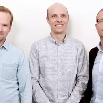 Pörssipäivä: Taloustoimittajien trio. Koolla Elo, Oksanen ja Rosendahl
