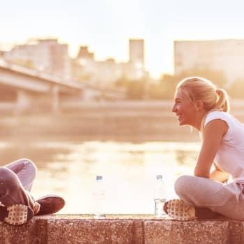 Hillan ja Minnan Akuutti: Ystävyys on luottamusta, hengittävyyttä ja vastavuoroisuutta - milloin ystävyys on syytä lopettaa?