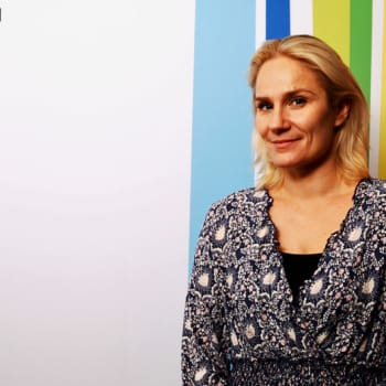 Äitiys on näyttelijä Laura Malmivaaran tärkein rooli