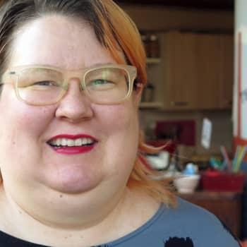 Sunnuntaivieras: Feministi ja tohtori Saara Särmä antaa vinkit sisäisen kriitikon vaientamiseen