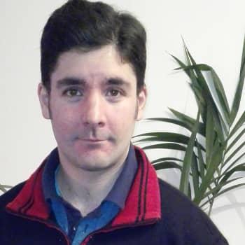 Romano mirits: Toni arvostaa työtään Helsingin kaupungintalolla