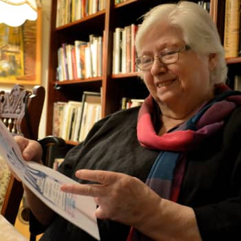 Sunnuntaivieras: Evakkomatka Petsamosta heijastuu kirjailija Mirjam Kälkäjän jokaiseen työhön