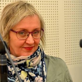 Radio Suomen kanavajuontaja Olga Ketonen