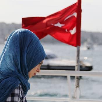 Maailmanpolitiikan arkipäivää: Turkin noitavainot