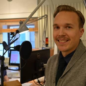 Kuuluttajan vieras: Ykkösaamun juontaja Olli Seuri