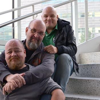 Sami Tenkanen: Radio Nova – tää kuuluu hei Utsjoelle saakka