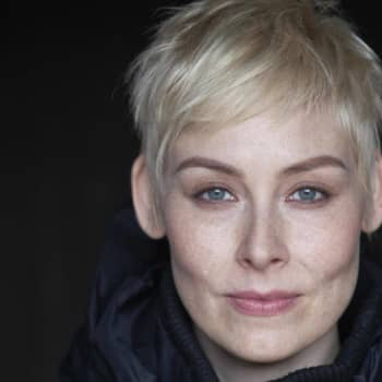 Kirjakerho: Kirjallisuuden Finlandia-palkinnon voittanut Laura Lindstedt kertoo teoksestaan Oneiron