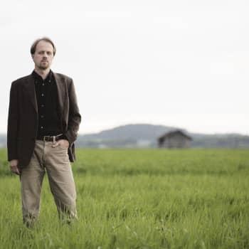 Viikon kirja: Kirjailija Petri Tamminen ja Meriromaani