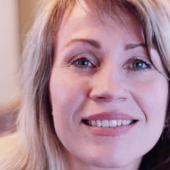 Viikon kirja: Kirjailija Kristiina Bruun ja Kaikki mikä on sinun