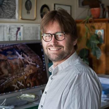 Tiedeykkönen: Fossiilit todistavat ihmisen kehittyneen apinasta