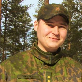 Niinisalo, Kankaanpää: Kiertävä pelisaluuna, varuskunta, keittiökalustetehdas