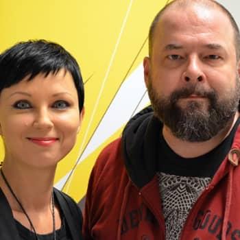 Katariina Souri: Täyspäiväinen mytologian tutkija, joka tekee myös musiikkia - A.W.Yrjänä
