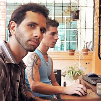 Maailmanpolitiikan arkipäivää: Kuubalaiset hinkuvat nettiin
