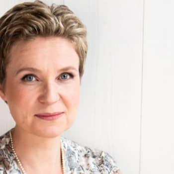 Viikon kirja: Kirjailija Sirpa Kähkönen ja romaani Graniittimies