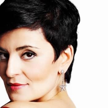"""Taiteilijaelämää: Sopraano Angelika Klas: """"En ole ikinä ollut hissukka."""""""