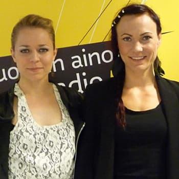 Taiteilijaelämää: Laulajat Mira Luoti ja Paula Vesala