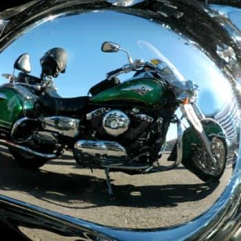 Teemaillat: Moottoripyöräilta