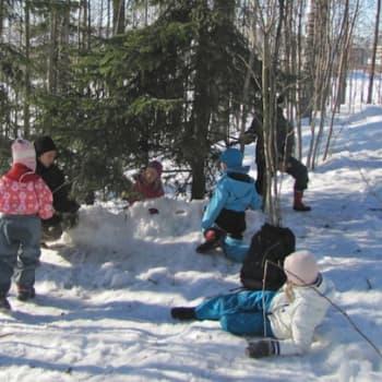 Luonto-Suomi.: Lasten kevät 28.12.2011