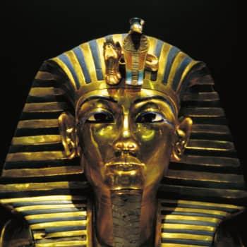 Sukellus faaraoiden hautoihin - mitä tutkijat ovat saaneet selville Tutankhamonista ja Ekhnatonista?