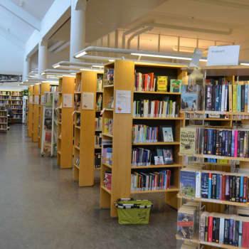 Grankullabor lånar flest böcker per person i landet - lönsamt samarbete med skolorna