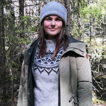 Luontokuvaaja Eeva Mäkinen odottaa elokuun sumuisia aamuja