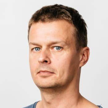 Författaren Alaric Mård är Vegas sommarpratare