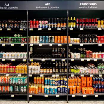 Suomalaiset lipittävät yhä enemmän alkoholittomia oluita