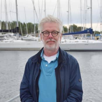 Dirigent Jukka-Pekka Saraste tillbringar sommaren i skärgården