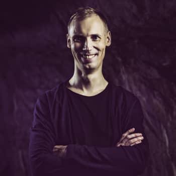 Suomibiisi Pendulumin kitaristin kanssa - viimein!! | Suomen virallinen tanssilista | TOP15