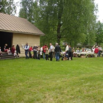 Gränsen för evenemang sänks från 500 personer till 50