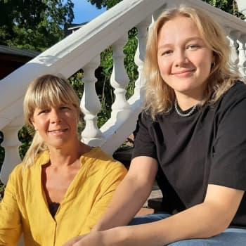 Familjen Stråhlmann har många frågor om studentfesten