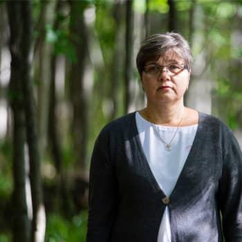 Kun nuori hölmöilee, tulee apuun oikeusedustaja - Sari Suikkasen apua saa niin näpistelyihin kuin väkivaltaankin sortunut nuori