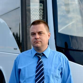Bussföretagare hoppas att kunderna följer rekommendationen om ansiktsskydd
