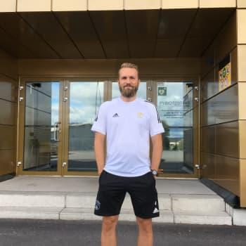 """SJK:n päävalmentaja Jani Honkavaara tärkeän ottelun alla: """"Alkukauteen ei voi olla tyytyväinen"""""""