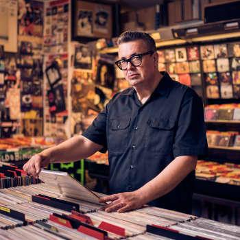 Eric Burdon läikyttää, isosisko valitsee folkin ja Pet Shop Boys osuu hermoon.
