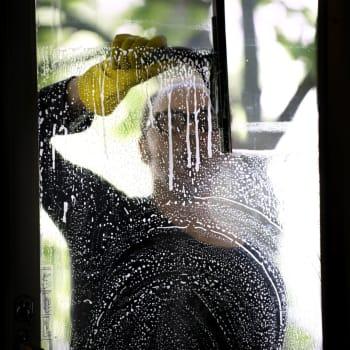 Dags att städa? – Skippa städskåpet och bege dig till skafferiet!