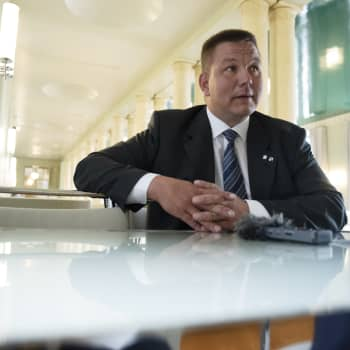 Kansanedustaja Juha Mäenpää kohupuheesta ja ratkaisusta