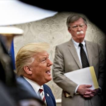 Onko John Boltonin paljastuskirja todellinen uhka Donald Trumpille?