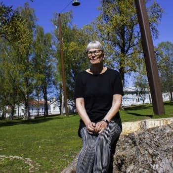 Sommargästen Maria Romantschuk: Mina föräldrar satte mig i flickskola men jag var för busig och passade inte in