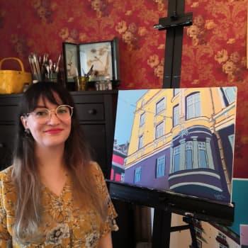 Kaupunkimaisema inspiroi taiteilija Heta Kasurista