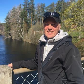 Juha Quuppa Seittonen: maalari, remppamies, lähihoitaja, hieroja ja Dingon entinen rumpali